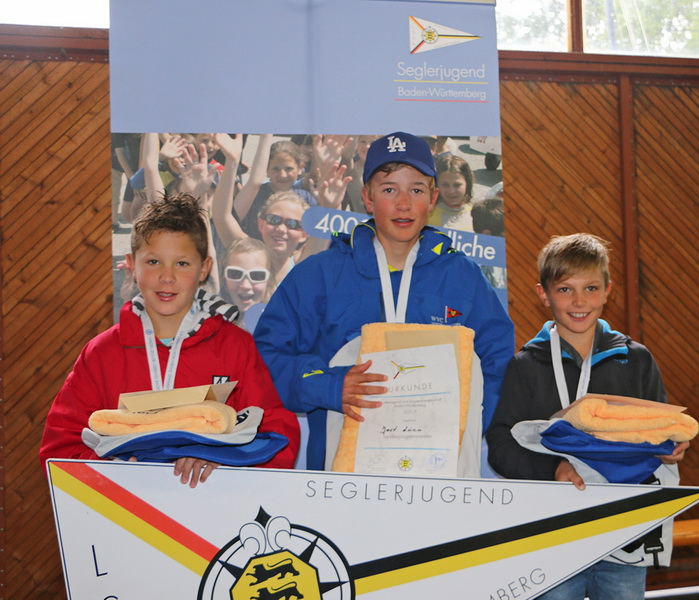 LJM17 optimist podium vg IMG 2578